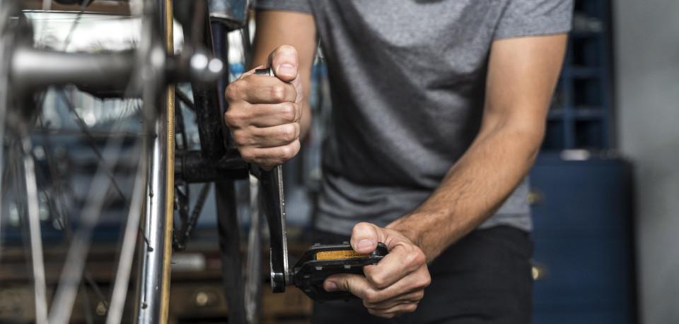 Detailaufnahme Fahrradreparatur