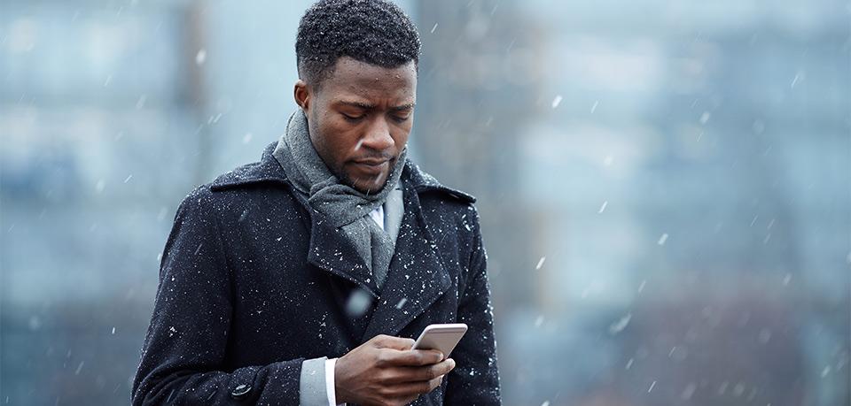 Ratgeber: Was tun bei Smartphone-Schäden im Winter?
